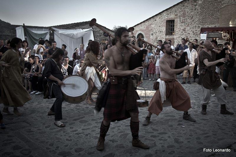 festa medioevale di Monteriggioni - esistere bene_0000__M1