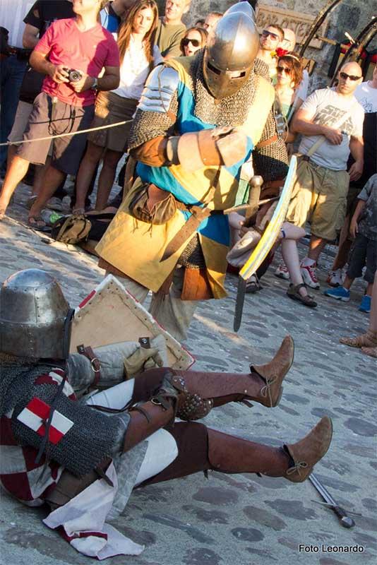 festa medioevale di Monteriggioni - esistere bene_0000__MG_6531f4