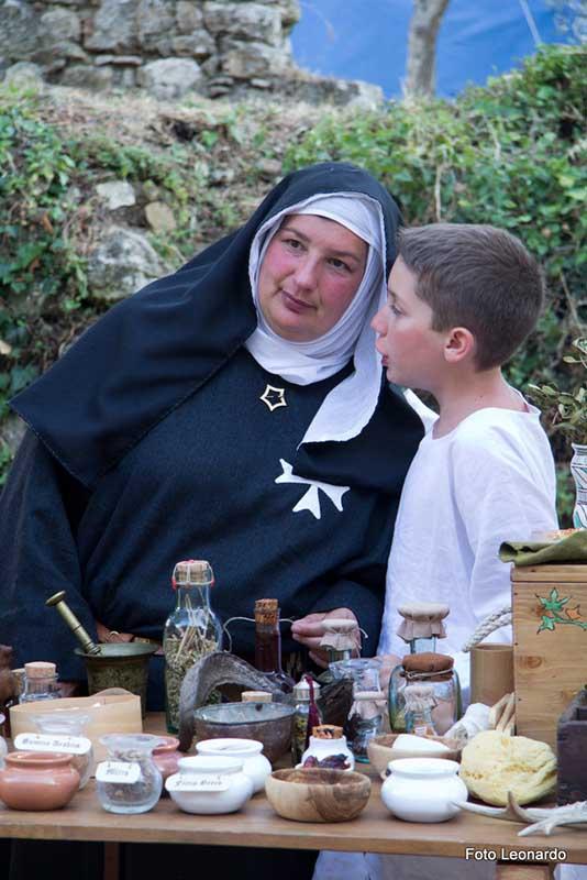 festa medioevale di Monteriggioni - esistere bene_0000__MG_6531rf4